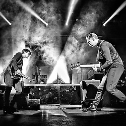 The XX perform at The Fox Theater - Oakland, CA - 5/30/13