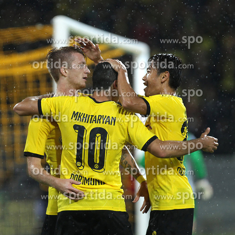 27.08.2015, Signal Iduna Park, Dortmund, GER, UEFA Euro Qualifikation, Borussia Dortmund vs Odd Grenland, Playoff, R&uuml;ckspiel, im Bild Henrikh &quot;Micki&quot; Mkhihtaryan (Borussia Dortmund #10) und Torschuetze Marco Reus (Borussia Dortmund #11) beim Torjubel nach dem Treffer zum 3:1 mit Shinji Kagawa (Borussia Dortmund #23) // during UEFA Europa League Playoff 2nd Leg match between Borussia Dortmund and Odd Grenland Signal Iduna Park in Dortmund, Germany on 2015/08/27. EXPA Pictures &copy; 2015, PhotoCredit: EXPA/ Eibner-Pressefoto/ Schueler<br /> <br /> *****ATTENTION - OUT of GER*****