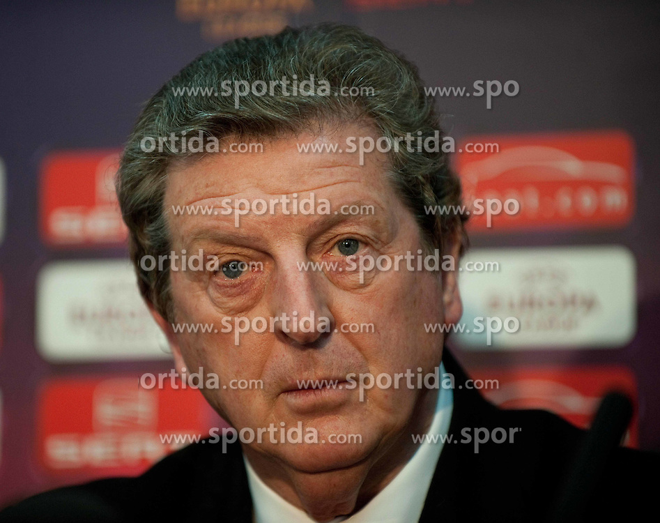 01.12.2010, Stadionul Steaua, Bucharest, ROM, UEFA Europa League, FC Steaua Bucuresti v Liverpool FC, press conference Liverpool, im Bild Liverpool's manager Roy Hodgson at the Stadionul Steaua ahead of the UEFA Europa League Group K match against FC Steaua Bucuresti. . EXPA Pictures © 2010, PhotoCredit: EXPA/ Propaganda/ David Rawcliffe +++++ ATTENTION - OUT OF ENGLAND/UK +++++