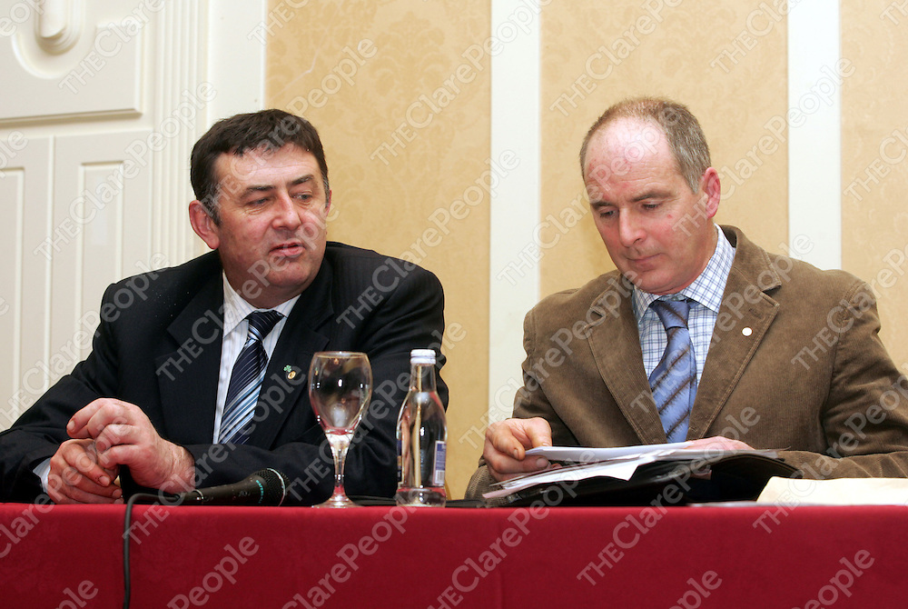 Padraig Walsh the new leader of the IFA and Seamus Murphy, County Chairman IFA at the IFA's AGM at the Auburn Lodge, Ennis. Pic Press 22.
