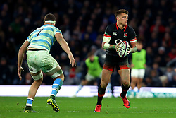 Henry Slade of England runs with the ball - Mandatory by-line: Robbie Stephenson/JMP - 11/11/2017 - RUGBY - Twickenham Stadium - London, England - England v Argentina - Old Mutual Wealth Series