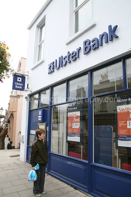 Dalkey branch of Ulster Bank in Dublin Ireland. Ulster Bank branches across Ireland have extended their opening hours today as the bank attempts to clear a backlog in payments after issues with a technical fault last week. Monday 25th June 2012
