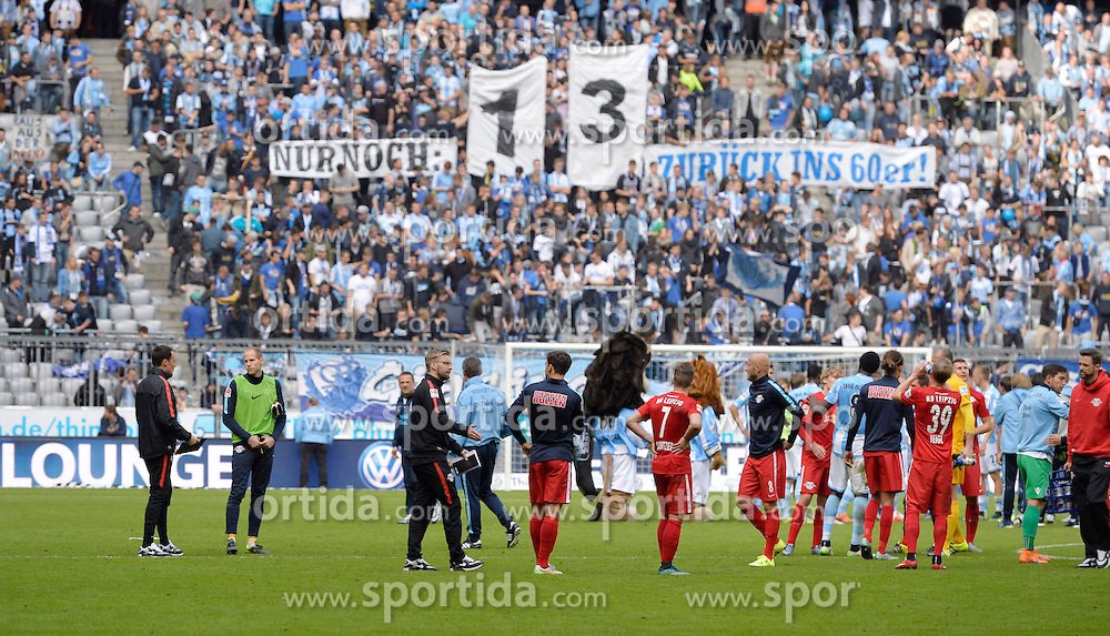27.09.2015, Allianz Arena, Muenchen, GER, 2. FBL, TSV 1860 Muenchen vs RB Leipzig, 9. Runde, im Bild Fans des TSV 1860 Muenchen, Spruchband, // during the 2nd German Bundesliga 9th round match between TSV 1860 Munich vs RB Leipzig at the Allianz Arena in Muenchen, Germany on 2015/09/27. EXPA Pictures &copy; 2015, PhotoCredit: EXPA/ Eibner-Pressefoto/ Buthmann<br /> <br /> *****ATTENTION - OUT of GER*****