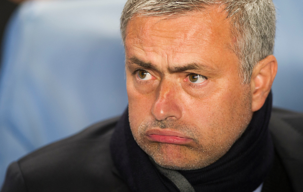 Chelsea's manager José Mourinho reacts before their UEFA Champions League group match against Basel at Stamford Bridge in London, 27 August 2013.  BOGDAN MARAN / BPA