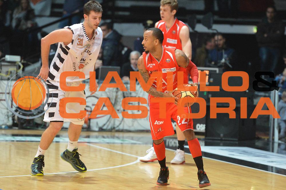 DESCRIZIONE : Caserta Lega A 2012-13 Juve Caserta EA7 Emporio Armani Milano<br /> GIOCATORE : Bremer Jr Ernest <br /> CATEGORIA : controcampo<br /> SQUADRA : EA7 Emporio Armani Milano<br /> EVENTO : Campionato Lega A 2012-2013 <br /> GARA :  Juve Caserta EA7 Emporio Armani Milano<br /> DATA : 20/01/2013<br /> SPORT : Pallacanestro <br /> AUTORE : Agenzia Ciamillo-Castoria/GiulioCiamillo<br /> Galleria : Lega Basket A 2012-2013  <br /> Fotonotizia : Caserta Lega A 2012-13 Juve Caserta EA7 Emporio Armani Milano<br /> Predefinita :