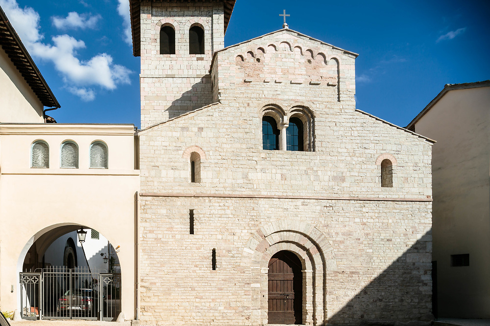 """12 SEP 2015 - Spoleto (PG) - Basilica di Sant'Eufemia, la chiesa della fiction """"don Matteo""""."""