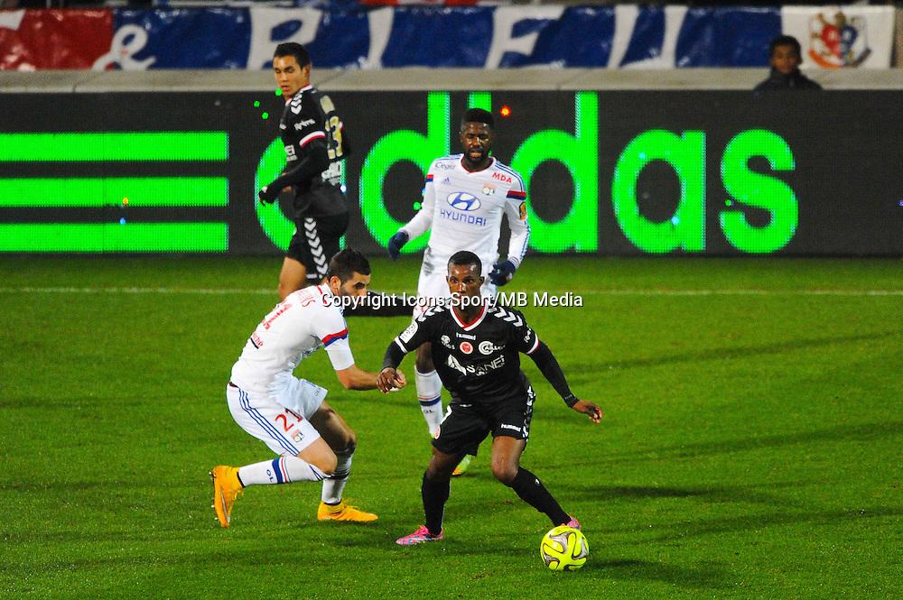Odair FORTES  - 04.12.2014 - Lyon / Reims - 16eme journee de Ligue 1  <br /> Photo : Jean Paul Thomas / Icon Sport