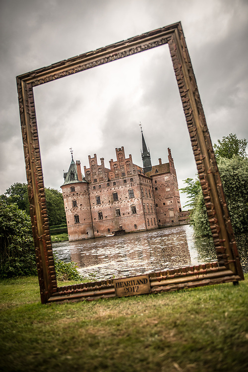 Egeskov Slot (Egeskov Castle) pictured through an empty picture frame during Heartland Festival 2017