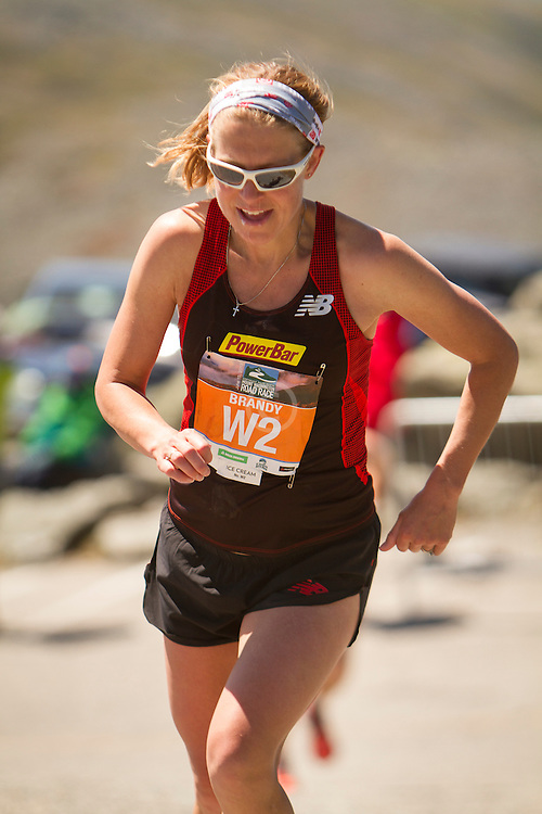 53rd Mt Washington 7.6 mile Road Race Base to Summit: Brandy Erholtz nears top to take 2nd place, 4 months pregnant