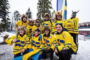 &Ouml;STERSUND, SVERIGE - 2017-12-02: Svenska Fans  under herrarnas sprint t&auml;vling under IBU World Cup Skidskytte p&aring; &Ouml;stersunds Skidstadion den 2 december 2017 i &Ouml;stersund, Sverige.<br /> Foto: Johan Axelsson/Ombrello<br /> ***BETALBILD***