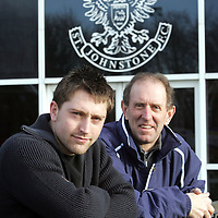 St Johnstone manager John Connolly pictured with his latest signing Stephen Dobbie who has signed from Hibs.<br />