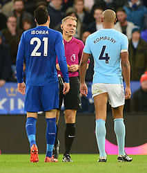 Referee Graham Scott talks with Vincent Kompany of Manchester City after his tackle on Jamie Vardy of Leicester City - Mandatory by-line: Alex James/JMP - 18/11/2017 - FOOTBALL - King Power Stadium - Leicester, England - Leicester City v Manchester City - Premier League