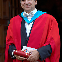 Jose Manuel Barroso, President of the European Commission, receiving an University of Edinburgh honorary degree of Doctor of Science, 28 November 2006<br />