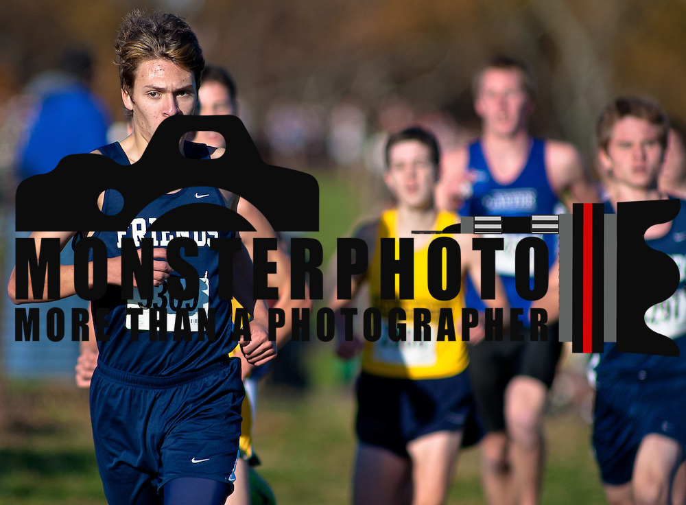 11/05/11 Wilmington DE: Boys cross country varsity participants running the Winterthur Estate curse during the New Castle County high school cross country Championship Sat, Nov. 05, 2011 at  Winterthur Estate in Wilmington Delaware.<br /> <br /> Special to The News Journal/SAQUAN STIMPSON