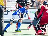 UTRECHT -  Pepijn Luijkx (Kampong)     tijdens   de finale van de play-offs om de landtitel tussen de heren van Kampong en Amsterdam (3-1). Kampong kampong kampioen van Nederland. COPYRIGHT  KOEN SUYK