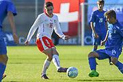 21.09.2017; Niederhasli; FUSSBALL U16 - Schweiz - Italien;<br /> Fabian Rieder (SUI) Simone Trimboli (ITA) <br /> (Andy Mueller/freshfocus)