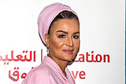 Koningin Maxima bij The Hague Institute for Global Justice met Hare Hoogheid Sheikha Moza bint Nasser uit Qatar, oprichter van de stichting Education Above All en pleitbezorger van de VN ontwikkelingsdoelen. Zij wonen hier het seminar Law, Education and the SDGÕs over bescherming onderwijs in conflictsituaties bij.<br /> <br /> Queen Maxima at The Hague Institute for Global Justice with Her Highness Sheikha Moza binds Nasser from Qatar, founder of the Education Above All Foundation and advocate of UN development goals. They attend the Law, Education and the SDGÕ seminar on protection of education in conflict.<br /> <br /> Op de foto / On the photo:  Sheikha Moza bint Nasser