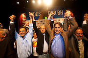 Belo Horizonte_MG, Brasil...Eleicoes 2008. Lancamento da campanha de Marcio de Lacerda para a prefeitura de Belo Horizonte, no teatro do Sesi Minas. Na foto Aecio Neves (PSDB), Marcio Lacerda (PSB) e Fernando Pimentel (PT)...Elections 2008. The campaign of the candidate Marcio de Lacerda in Belo Horizonte. In this photo Aecio Neves (PSDB), Marcio Lacerda (PSB) and Fernando Pimentel (PT)...Foto: LEO DRUMOND / NITRO
