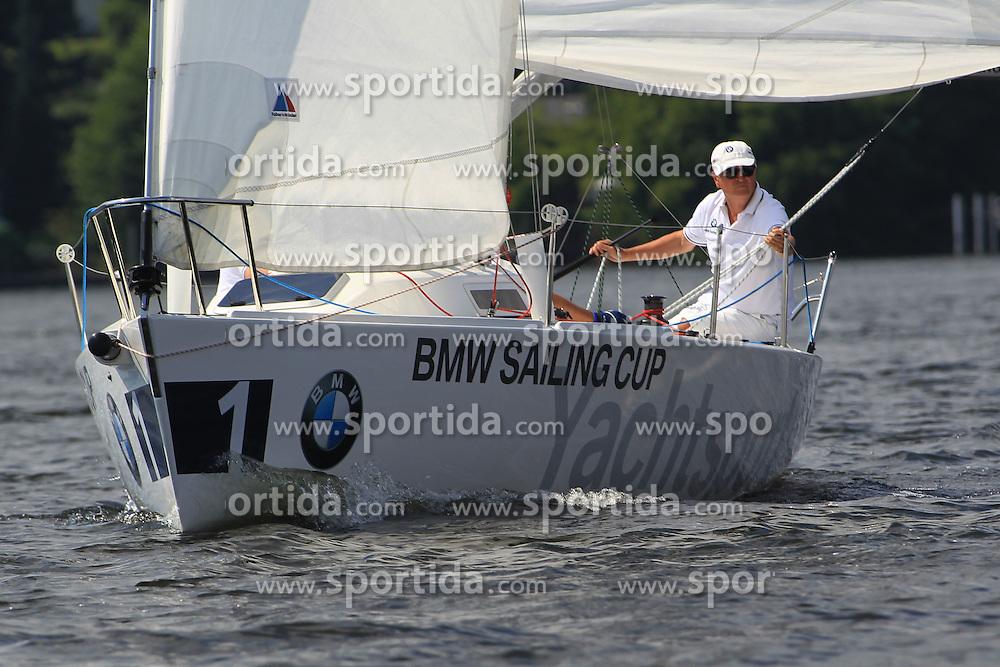 Sailing: BMW Sailing Cup, Berlin.German actor Henry Huebchen.© pixathlon