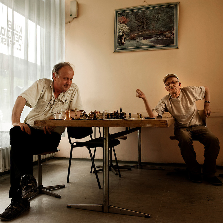 Sarajevo Olympic Village..Two pensioners play chess at the Mojmilo's pensioners club.