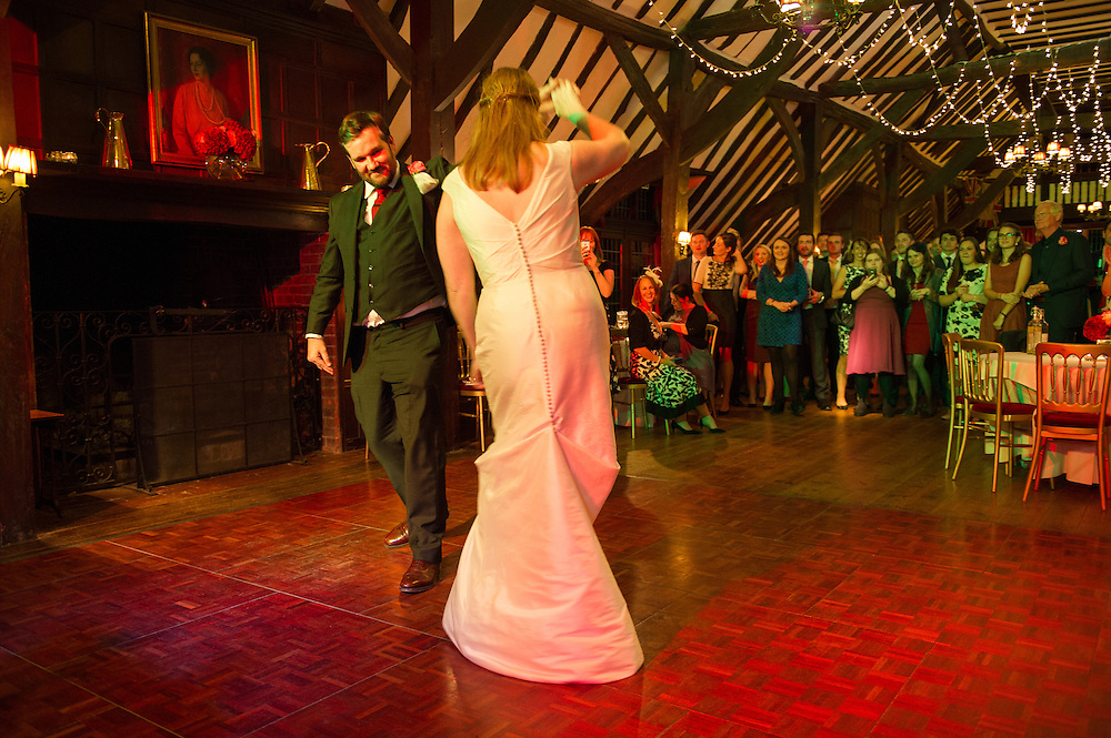 Oxfordshire wedding professionally captured by Steven O'Gorman - wedding photographer