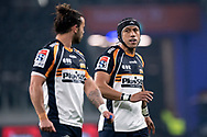 SYDNEY, AUSTRALIA - JUNE 08: Brumbies player Christian Lealiifano (10) talks with his team at week 17 of Super Rugby between NSW Waratahs and Brumbies on June 08, 2019 at Western Sydney Stadium in NSW, Australia. (Photo by Speed Media/Icon Sportswire)