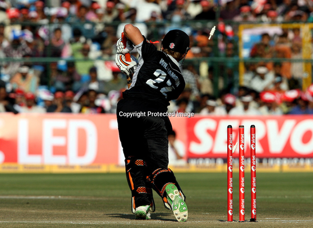 New Zeland batsman Kane Williamson bowld by Indian bowler Munaf Patel during the 2nd ODI india vs New Zealand Played at Sawai Mansingh Stadium, Jaipur, 1 December 2010 - day/night (50-over match)
