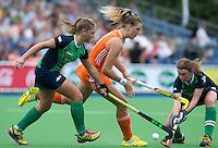 BOOM - Valerie Magis aan de bal  tijdens de eerste poule wedstrijd van Oranje tijdens het Europees Kampioenschap hockey   tussen de vrouwen Nederland en Ierland (6-0). ANP KOEN SUYK