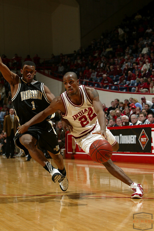 Indiana's Marshall Strickland as Indiana lost 67-60 to Vanderbilt in the opening round of the 2005 NIT at Assembly Hall in Bloomington, Ind., Wednesday, March 15, 2005.  (Mandatory Credit: AJ Mast/Ronin Images)......***LOW RES FPO ONLY, HIGH RES AVALIBLE OFFLINE***