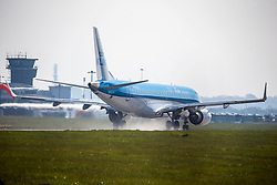 © Licensed to London News Pictures. 27/03/2020. Leeds UK. A KLM aircraft that had earlier arrived from Amsterdam prepares to take of for it's return journey & is the only flight in or out of Leeds Bradford airport in Yorkshire today as increasing number of airports look likely to shut down over the coming weeks as European airlines cease operations because of the coronavirus crisis. Photo credit: Andrew McCaren/LNP
