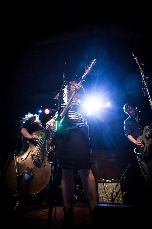 Lydia Loveless live at Schubas Tavern, Chicago, Illinois<br /> 4/26/14