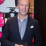 NLD/Amsterdam/20131107- Sylvie Meis, Sylvie van der Vaart-Meis opent nieuwe vestiging van Hunkemoller, Philip Mountford, CEO Hunkemoller