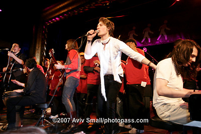 Hanson performing at The Supper Club on 3/6/2007 with special guests  James Iha, Andrew WK, Adam .Greene, Young Love Choir. .The Hanson Brothers are Zachary, Taylor and Isaac