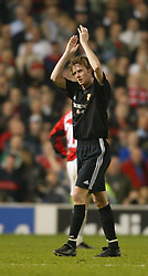 MANCHESTER, ENGLAND - Wednesday, April 23, 2003: Real Madrid's Steve McManaman applauds the fans as he is substituted against Manchester United during the UEFA Champions League Quarter Final 2nd Leg match at Old Trafford. (Pic by David Rawcliffe/Propaganda)