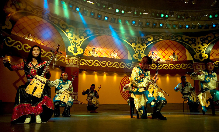 Inner Mongolia  performance with typical music from the region . Photo. Bernardo De Niz