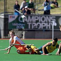MELBOURNE - Champions Trophy men 2012<br /> Netherlands v Australia 0-0<br /> foto: Tim Jenniskens en Sander Baart verdedigen Jamie Dwyer.<br /> FFU PRESS AGENCY COPYRIGHT FRANK UIJLENBROEK