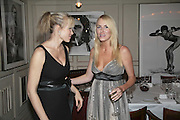 Nell McAndrew and Nancy  Sorrell, Bob Carlos Clarke: Dark Genius - launch & memorial <br />at  Luciano, 72 St James's Street, London, SW1, Party at Sir Rocco Forte and Marco Pierre White's restaurant launching new permanent exhibition of pieces by the late Irish photographer, 13 November 2006. ONE TIME USE ONLY - DO NOT ARCHIVE  © Copyright Photograph by Dafydd Jones 66 Stockwell Park Rd. London SW9 0DA Tel 020 7733 0108 www.dafjones.com