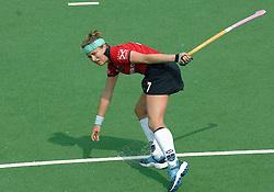 07-05-2006 HOCKEY: KAMPONG - LAREN: UTRECHT<br /> De vrouwen van hockeyvereniging Kampong hebben vanmiddag met 3 - 5 verloren van Laren / Wieke Dijkstra<br /> ©2006-WWW.FOTOHOOGENDOORN.NL