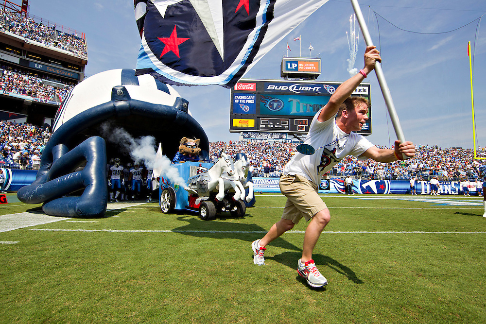 NASHVILLE, TN - SEPTEMBER 18:   T-Rac enters the field through the tunnel before a game between the Tennessee Titans and the Baltimore Ravens at LP Field on September 18, 2011 in Nashville, Tennessee.  The Titans defeated the Ravens 26 to 13.  (Photo by Wesley Hitt/Getty Images) *** Local Caption ***