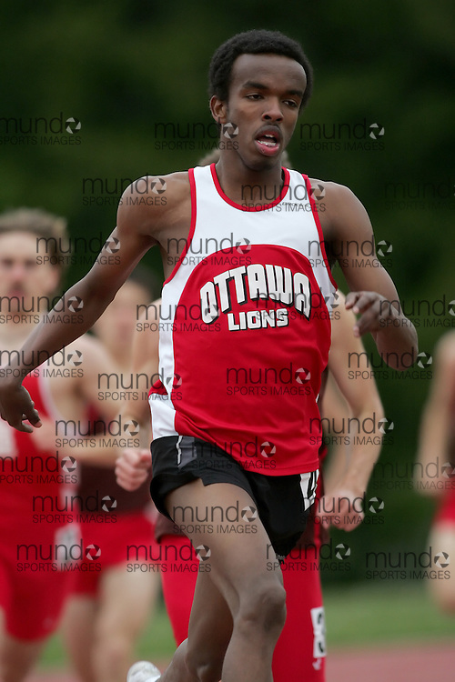 (Canton, USA---07 May 2010) Mohammed Soulieman of the Ottawa Lions runs in the 800m at the St Lawrence University Saints twilight track and field competition. Sean Burges / Mundo Sport Images, 2010. www.mundosportimages.com