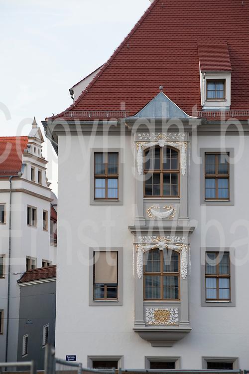 Haus mit Erker, Sporergasse, Altstadt, Dresden, Sachsen, Deutschland | house with gazebo in Sporergasse, Dresden, Saxony, Germany,