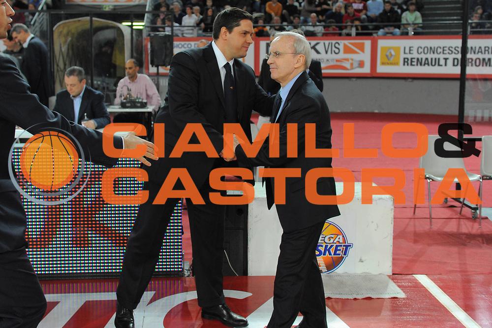 DESCRIZIONE : Roma Lega A 2010-11 Lottomatica Virtus Armani Jeans Milano<br /> GIOCATORE : Sasa Filipovski Dan Petrson<br /> SQUADRA : Lottomatica Virtus Roma Armani Jeans Milano<br /> EVENTO : Campionato Lega A 2010-2011 <br /> GARA : Lottomatica Virtus Roma Armani Jeans Milano<br /> DATA : 06/03/2011<br /> CATEGORIA : Fair Play<br /> SPORT : Pallacanestro <br /> AUTORE : Agenzia Ciamillo-Castoria/GiulioCiamillo<br /> Galleria : Lega Basket A 2010-2011 <br /> Fotonotizia : Roma Lega A 2010-11 Lottomatica Virtus Roma Armani Jeans Milano<br /> Predefinita :