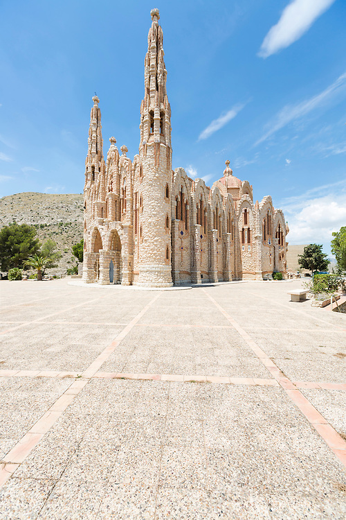 The sanctuary of St Magdalena at Novelda near Alicante visited during the wine tasting excursion from P&amp;O Cruises'  Britannia.<br /> Picture date: Wednesday June 17, 2015.<br /> Photograph by Christopher Ison &copy;<br /> 07544044177<br /> chris@christopherison.com<br /> www.christopherison.com