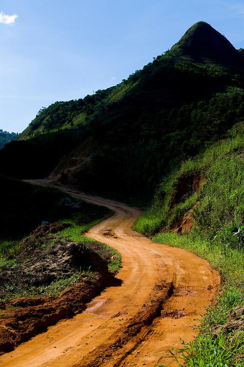 Conceicao do Castelo_ES, Brasil...Trecho da Rota Imperial em Conceicao do Castelo...The Imperial Route in Conceicao do Castelo. ..Foto: LEO DRUMOND / NITRO