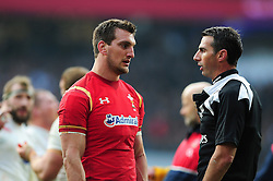 Sam Warburton of Wales speaks to referee Craig Joubert - Mandatory byline: Patrick Khachfe/JMP - 07966 386802 - 12/03/2016 - RUGBY UNION - Twickenham Stadium - London, England - England v Wales - RBS Six Nations.