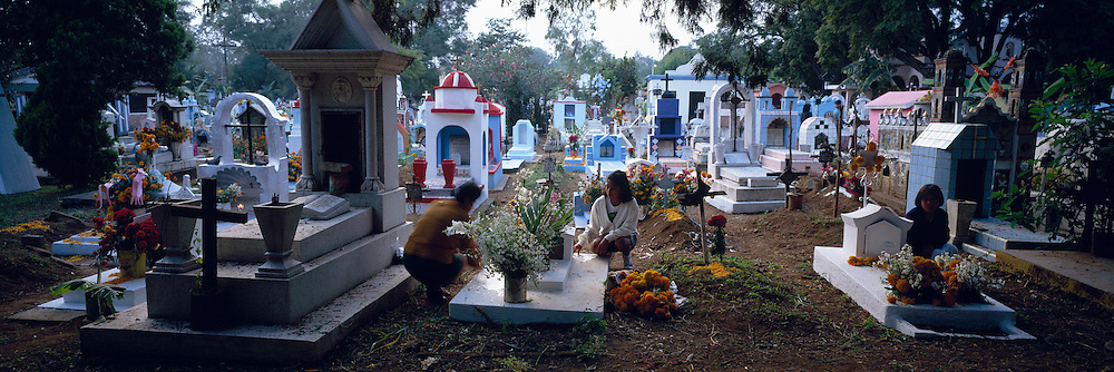 MEXICO, CUERNAVACA, OCOTEPEC cemetery decorated for Day of the Dead