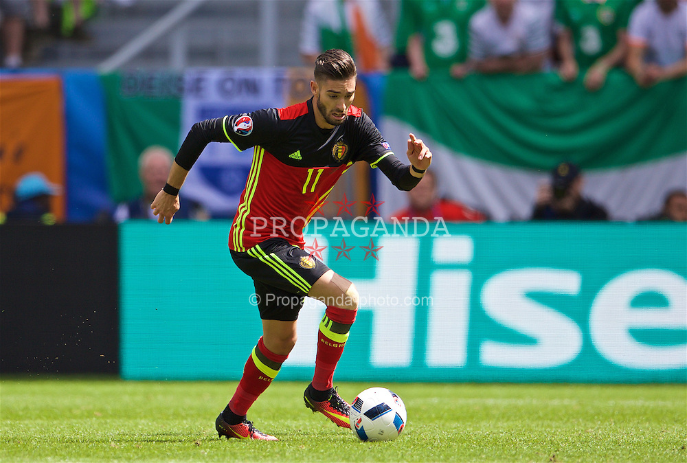 BORDEAUX, FRANCE - Saturday, June 18, 2016: Belgium's Yannick Ferreira Carrasco in action against the Republic of Ireland during the UEFA Euro 2016 Championship Group E match at Stade de Bordeaux. (Pic by Paul Greenwood/Propaganda)