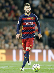 02.04.2016, Camp Nou, Barcelona, ESP, Primera Division, FC Barcelona vs Real Madrid, 31. Runde, im Bild FC Barcelona's Gerard Pique // during the Spanish Primera Division 31th round match between Athletic Club and Real Madrid at the Camp Nou in Barcelona, Spain on 2016/04/02. EXPA Pictures © 2016, PhotoCredit: EXPA/ Alterphotos/ Acero<br /> <br /> *****ATTENTION - OUT of ESP, SUI*****