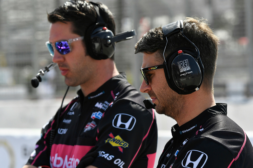 Jack Harvey, Meyer Shank Racing with Schmidt Peterson Honda, crew<br /> Friday 13 April 2018<br /> Toyota Grand Prix of Long Beach<br /> Verizon IndyCar Series<br /> Streets of Long Beach, California USA<br /> World Copyright: Scott R LePage<br /> LAT Images