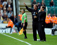 Photo: Richard Lane.<br /> Wolves v Leicester City. Coca Cola Championship.<br /> 17/09/2005.<br /> Wolves' manager, Glenn Hoddle with his assistant, Stuart Gray.